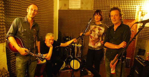 Descubre el pop-folk de Velvet Picturehouse