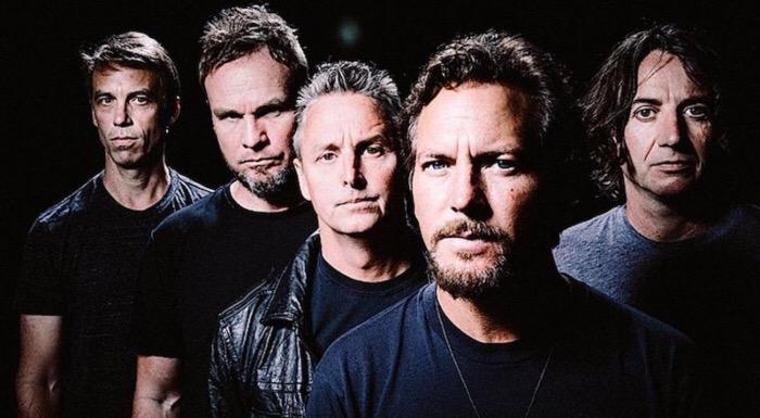 Pearl Jam quieren hacerte bailar con su nuevo single
