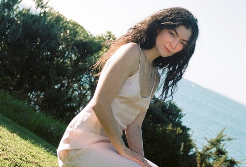 "Lorde estrena ""Stoned At The Nail Salon"""