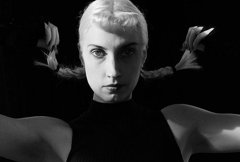 """Molly Nilsson anuncia nuevo disco con la potente """"Absolute Power"""""""